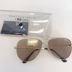 BRAND NEW: Quay Sunglasses